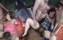 Orgy with 2 horny fatties