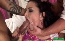 Brunette xxx vixen in interracial MMF threesome
